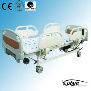 Hospital Furniture: Motorized Three Functions Medical ICU Bed (XH-7) pictures & photos