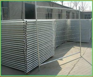Temporary Fence in Hot-Dipped Galvanized with Good Quality pictures & photos