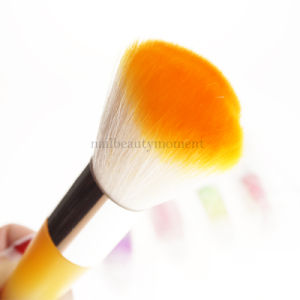 Manicure Nail Art Beauty Dust Remover Brush Cleaning Tool (B045) pictures & photos