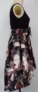 Knit Top with Printed Bottom Sleeveless Ladies Dress pictures & photos