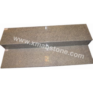 Natural Granite Staircases/Stairs/Steps with/Without Antislippery Stripe pictures & photos