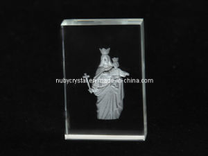 Mother Mary Sculpture Internally Engraved in Crystal for Christian (R3012) pictures & photos