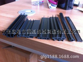 PA66GF25 Nylon Insulation Strip Production Tool PA66GF25 Nylon Belt Mold pictures & photos