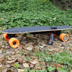 RC Remote Electric Skateboards with 400W Hub Motor pictures & photos