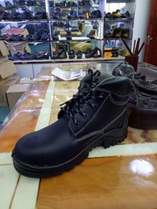Southamerica Hot-Selling Steel Toe Cap Safety Work Shoe pictures & photos