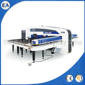 CNC Hydraulic Turret Punching Machine pictures & photos