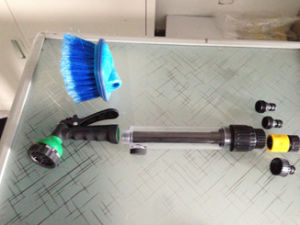 Car Wash Brush with Spray Gun pictures & photos