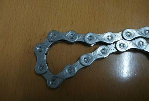 9speed 27 Speed Bushingless Transmission Chain for Bicycle pictures & photos