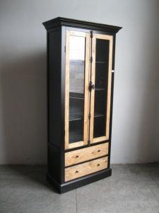 Brief and Exquisite Cabinet Antique Furniture pictures & photos