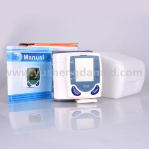 Ce Certificated Healthcare Medical Equipment Wrist Meter Blood Pressure Monitor pictures & photos