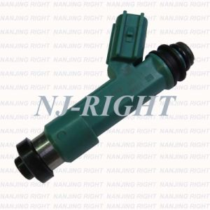 Denso Fuel Injector (23250-0H030) for Toyota pictures & photos