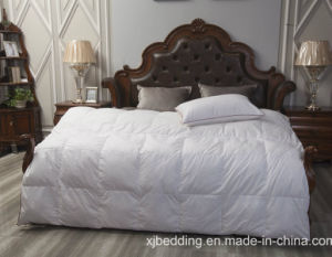 White Box Quilted Duck Down Comforter with Gusset Wall pictures & photos