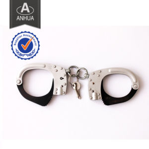 Police High Quality Metal Handcuff with ISO Standarded pictures & photos