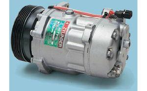 Auto Air AC Compressor (SD7V16) for Volkswagen Vento pictures & photos