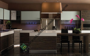 Paint and Melamine Mix Design Modern Kitchen Cabinet (ZS-399) pictures & photos