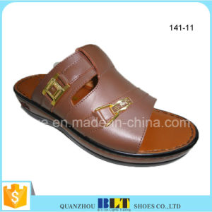 Stylish Supplier Men Arab Slippers pictures & photos