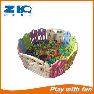 Zhongkai New Style Round Plasitc Toys Fence pictures & photos