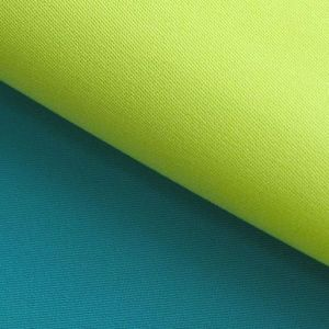Yarn: 45sx45s Density: 133X72 Polyester Cotton Twill Shirt Fabric pictures & photos