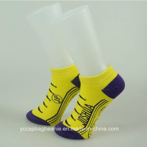 100%Cotton Fashion Women Ankle Socks pictures & photos
