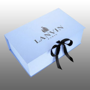 Elegant Hard Paper Folding Jewellery Embossed Promotional Ribbon Closure Boxes pictures & photos