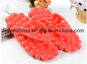 Hot Selling Beach Massage Slippers Unisex Sandals Summer Flip Flop pictures & photos