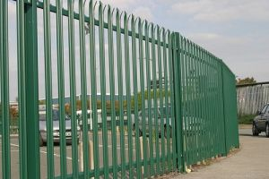 Electro Galvanized Fence for Road Segregation & Sports Screen pictures & photos