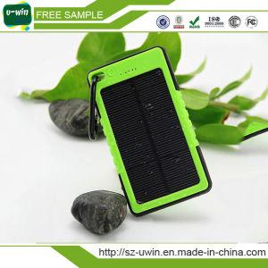 5000mAh Universal Waterproof Solar Power Bank pictures & photos