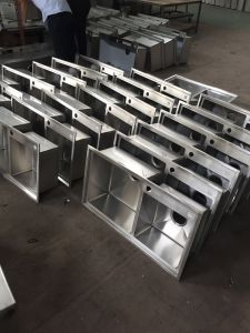 Stainless Steel Kitchen Handmade Sink (8246S) pictures & photos