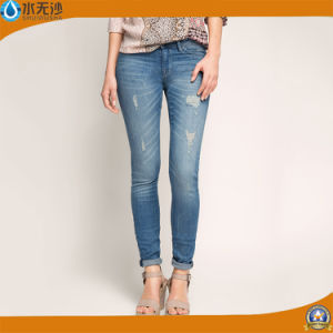 2017 Women Ripped Fashion Jeans Cotton Jeans Trousers pictures & photos