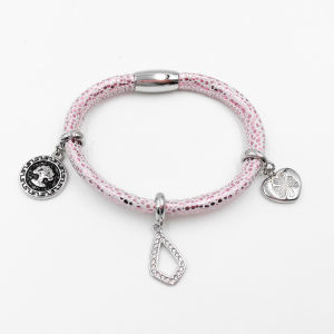 Factory Wholesale Stingray Leather Bracelet with Custom Made Charms pictures & photos