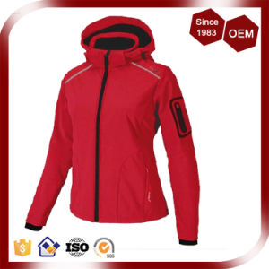 Women Red Colour Waterproof Breathable Softshell Jacket pictures & photos