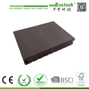 Various Design Anti-Corrosion Outdoor Solid Wood Decking Floor 140s25-B pictures & photos