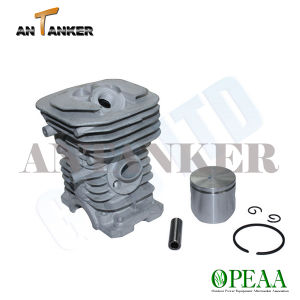 Motorcycle Parts-Cylinder Head for Husqvarna CS137 pictures & photos