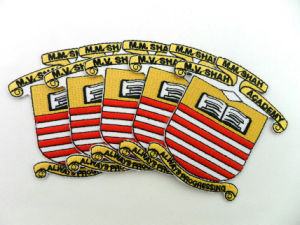 Custom Personalized Embroidered Iron on Patches for Shirts pictures & photos