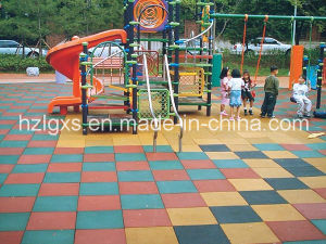 Stable Recyled Rubber Tiles for Children Playground Flooring pictures & photos
