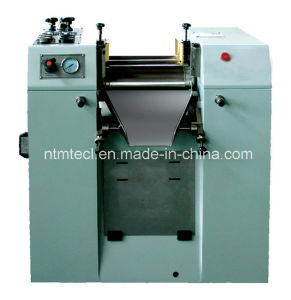 Hydraulic Triple Roll Mill for Ink, Paste, Chocolate, Sliver Wet Grinding pictures & photos