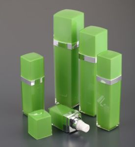 Square Shape Acrylic Lotion Bottle for Cosmetic Packing pictures & photos