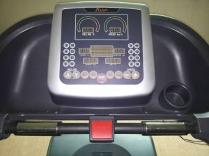 Commercial Treadmill Motorized Fitness Equipment (BCT04) pictures & photos