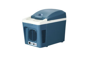 Mini Thermoelectric Cooler 7liter DC12V for Cooling and Warming Application pictures & photos