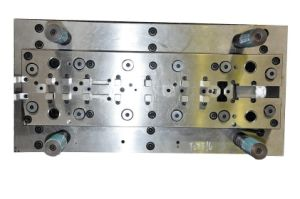 Multistep Progressive Dies (complicated form bracket die type1)