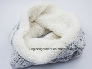 Acrylic Gray Iceland-Yarn & Lambwool Knitted Neck Scarf pictures & photos