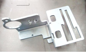 Powder Coating Auto Steel Parts Auto Spare Machinery Parts pictures & photos