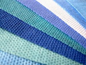 SMS (Spunbond+Meltblown+Spunbond) Colored Fabric pictures & photos