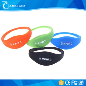 2016 Newest Adjustable Ce Certification UHF Silicone RFID Wristband pictures & photos