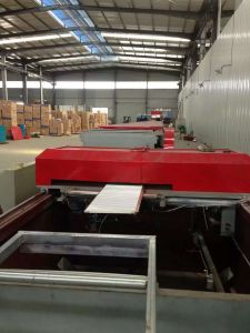 5.5kw Main Rolling Motor Ceiling PU Sandwich Panel Production Machine pictures & photos