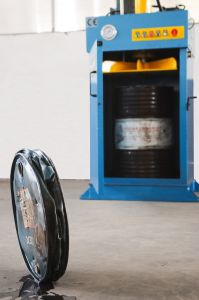 Scrap Metal Barrel Baler