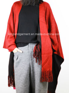 Acrylic Fashion Lady Winter Warm Red/Black Reversible Fringed Knitted Poncho pictures & photos