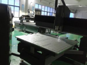 CNC Router for Advertising CNC Router Cutting Machinery pictures & photos