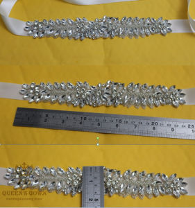 Modatrims Hot-Fix or Sew-on Crystal Rhinestone Applique for Wedding Dress pictures & photos