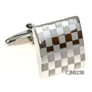 Antique Finish Brass Cufflink with Customized Design (CHJ023B)